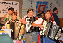 The Sauerkraut Band at Mt. Lake - Oktober 27, 2012